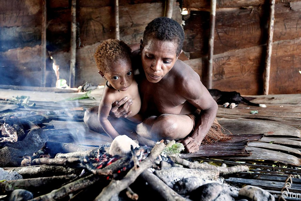 chico-korowai-papua