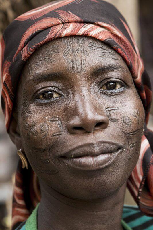 escarificaciones africanas benin