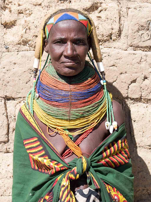 etnia mumuhila angola