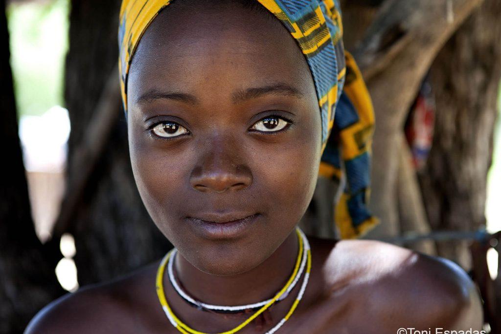 mujer-mucubai-angola