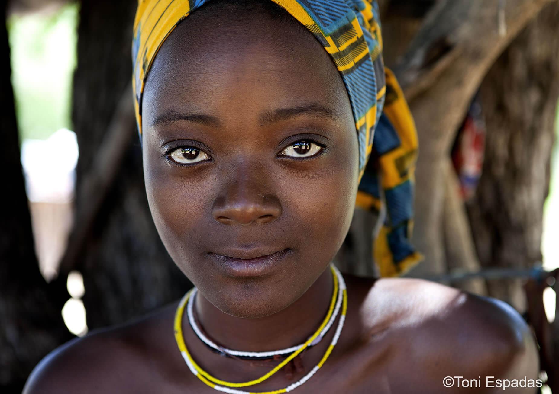 mujer mucubai Angola