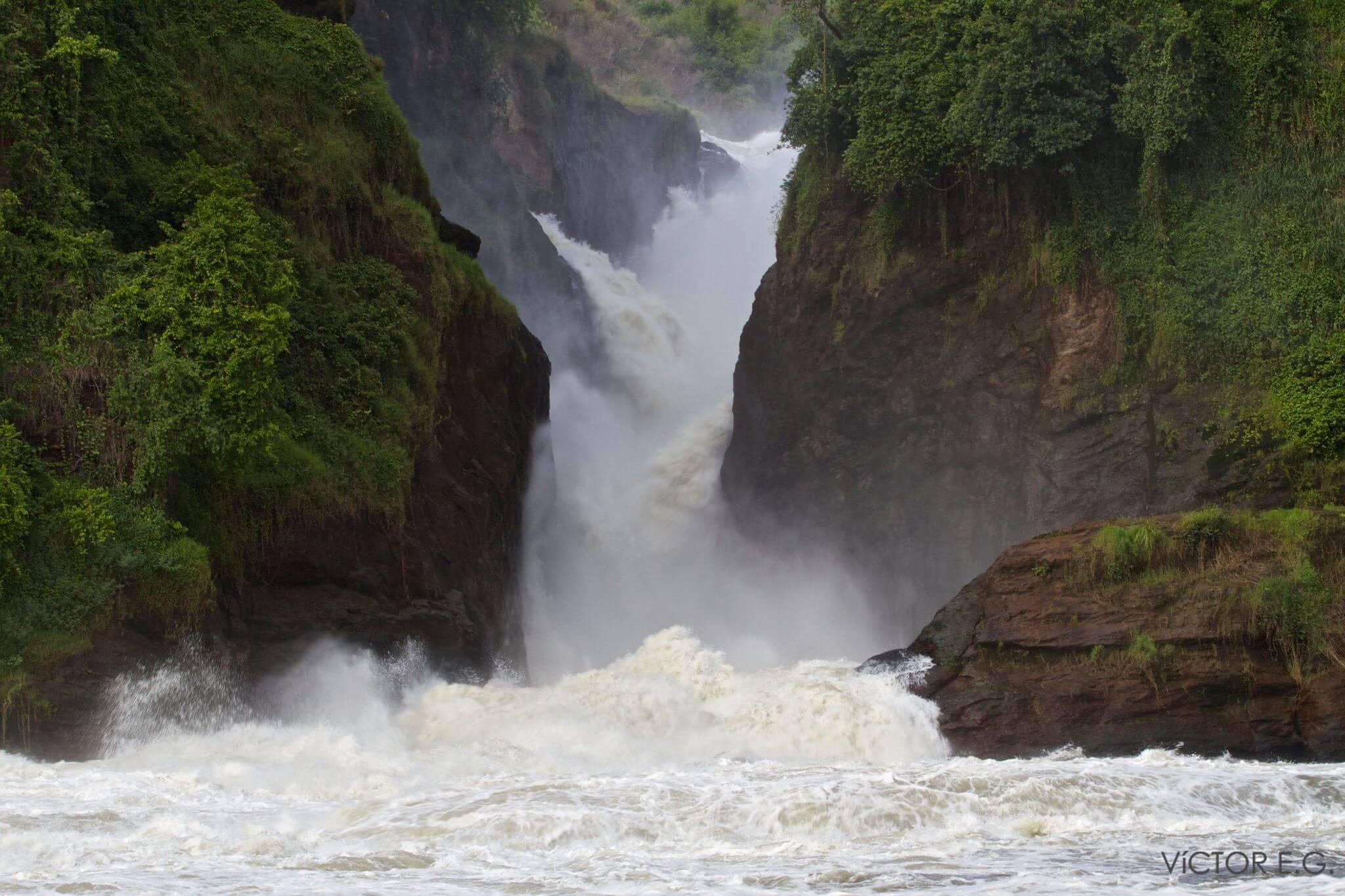 razones para viajar a Uganda